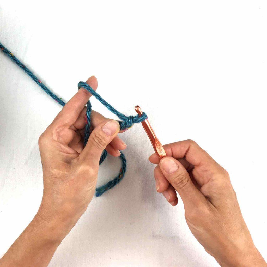 Chain stitch in crochet