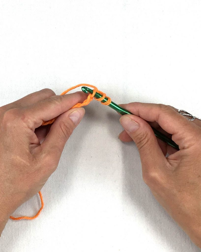 beginning the half double crochet stitch